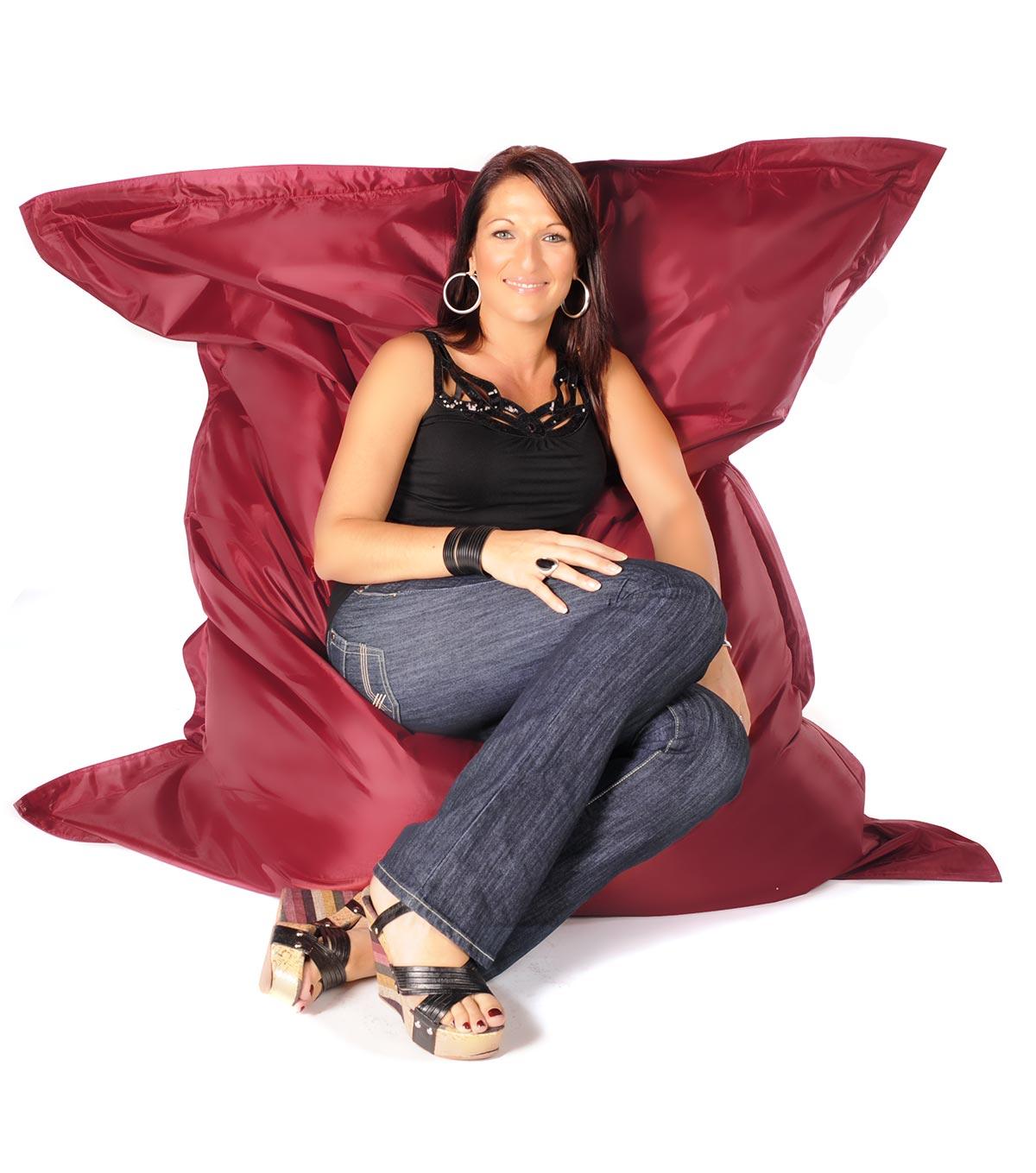 pouf geant pas cher pouf gant sac billes with pouf geant pas cher cheap justhome maxi pouf. Black Bedroom Furniture Sets. Home Design Ideas